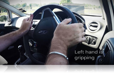 Steering left with the pull push method